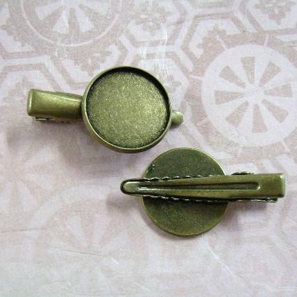 シンプル皿ワニピン2