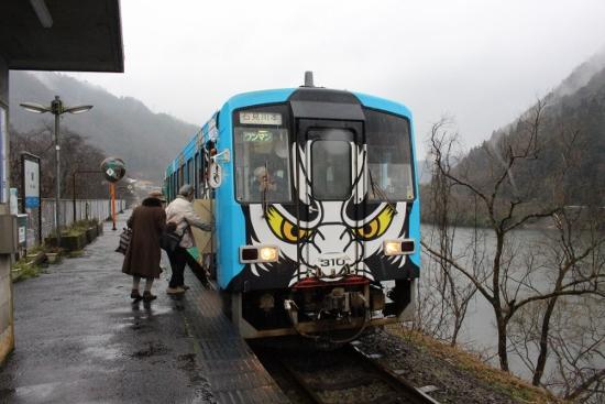 ⑩潮駅 (550x367)