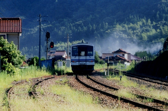 ⑬浜原発車 (550x364)