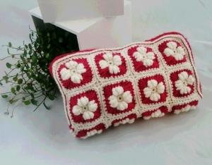 コイル編みポーチ横