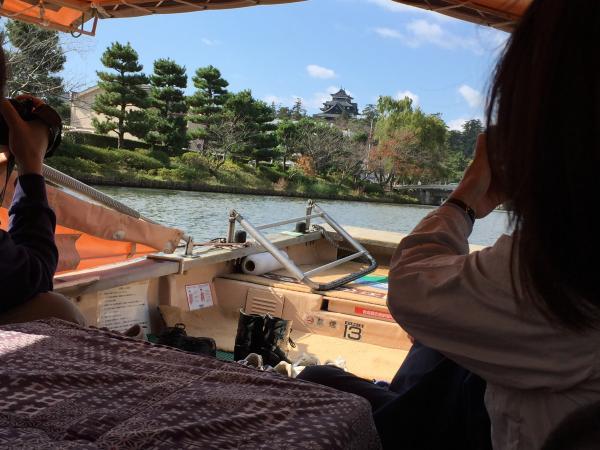 屋形船から見る松江城