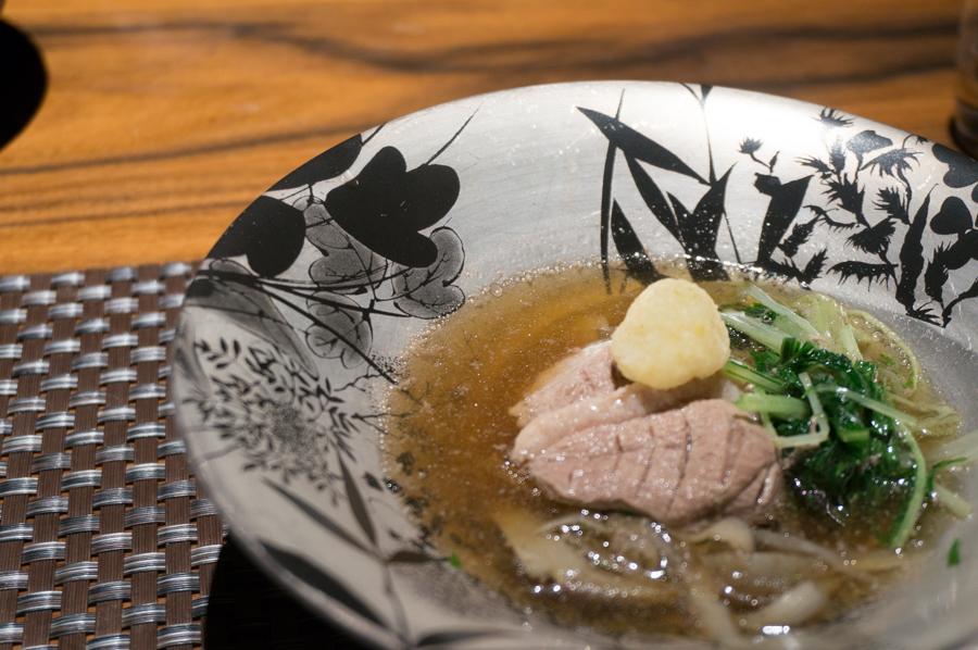 炊合せ(ピンボケw) 鴨と野菜の炊合せ 東波豆腐、牛蒡、水菜、舞茸、柚子胡椒卸し