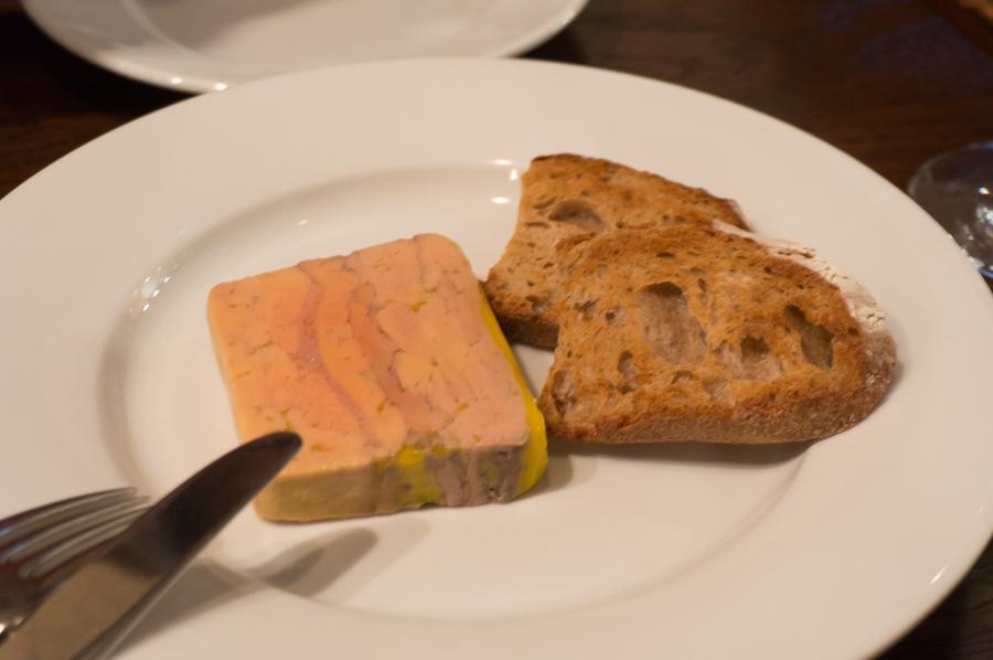 ハンガリー産鴨のフォアグラのテリーヌ アルマニャック風味