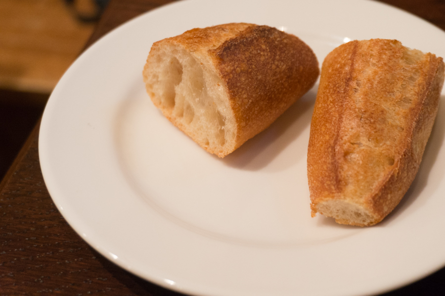 パンはメゾンカイザーだそうで