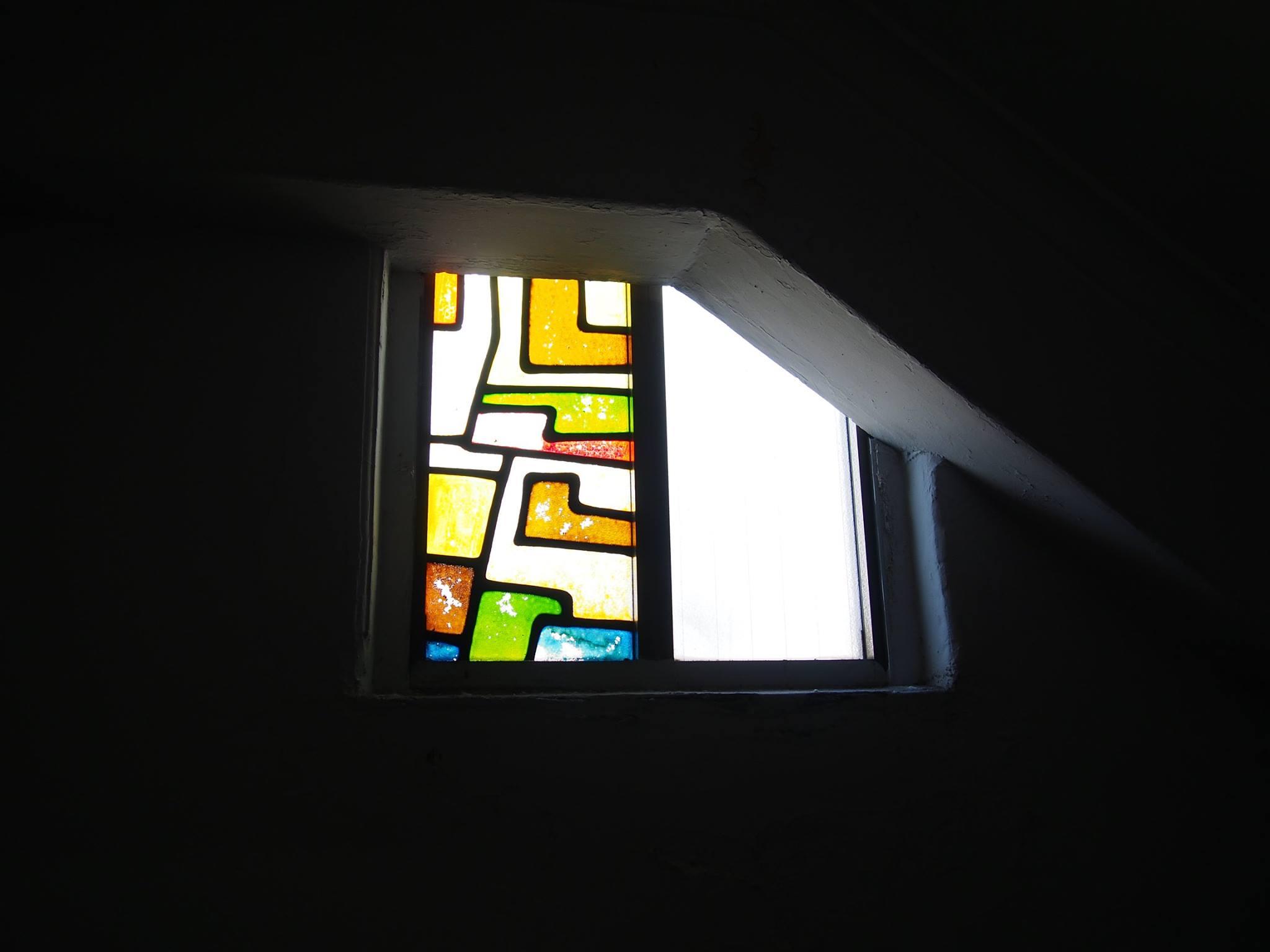 墨田区緑 松山ビル ステンドグラス