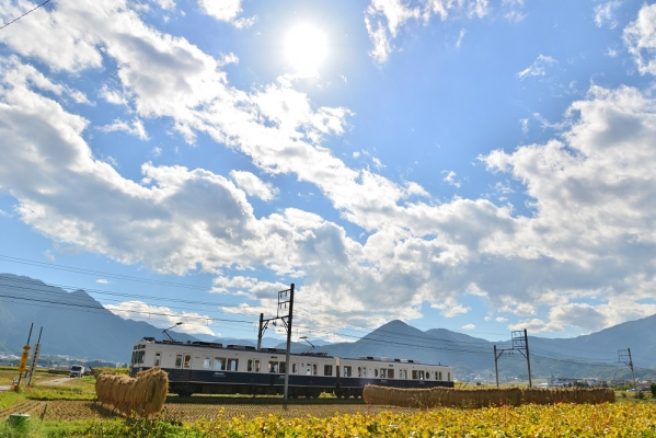 2015年10月13日 上田電鉄別所線 舞田~中野 1000系1004編成