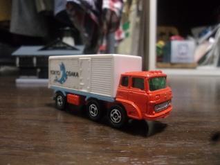 三菱ふそうトラック