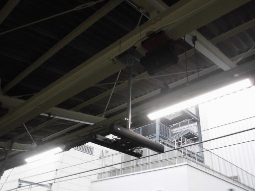 町田駅の新旧スピーカ
