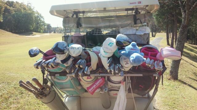 20151106071637 女子ゴルフ