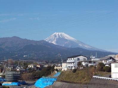富士山を正月の散歩で撮りました静岡県東部の黄瀬川から
