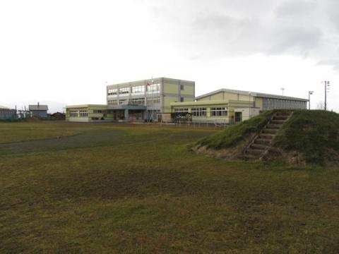 舎熊小学校