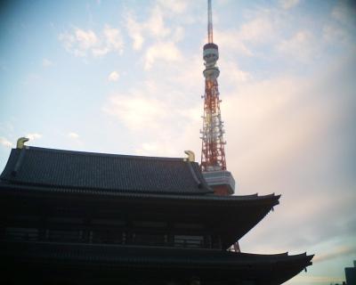 新年の増上寺と東京タワー:R2