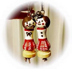 木の人形キーホルダー