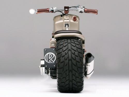 htup_1101_10_o+2004_honda_ruckus+rear_tire.jpg