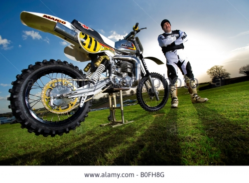 twin-shock-vintage-motocross-vintage-rider-mx-dirt-muddy-with-knobbly-B0FH8G.jpg