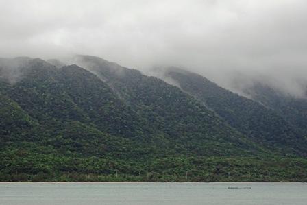雨煙山なみ9日 DSC04452