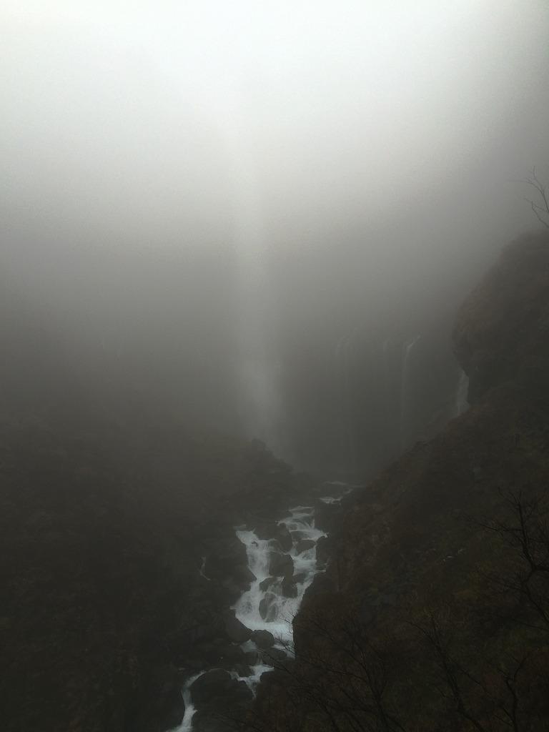 20151110華厳の滝 (2)