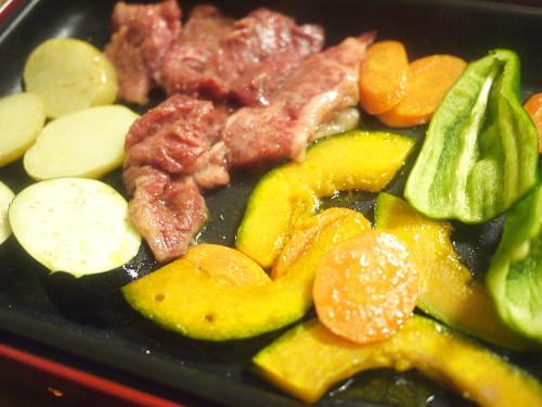 肉も野菜も焼く