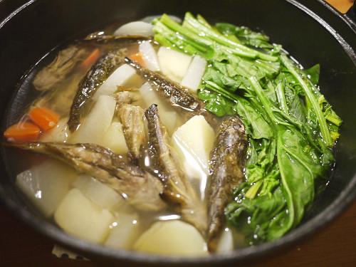 「ゴールデンカムイ」(野田サトル)カジカで出汁をとったキナオハウ