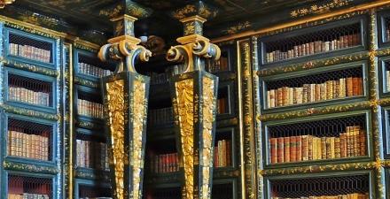 1353409774_biblioteca-slideshow-pic02.jpg