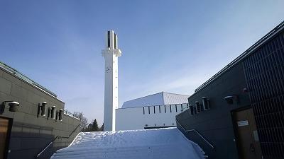 雪のラケウデンリスティ教会