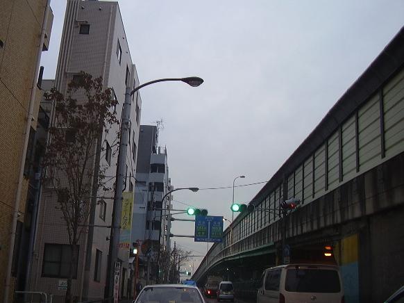 東京16:00