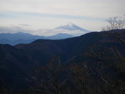 富士山はやや雲がち