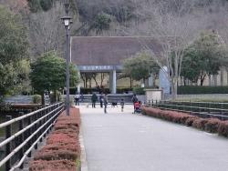 鏡山公園でアコーディオン20160111-3