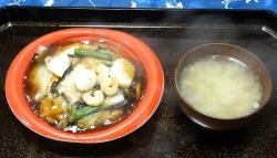 夕食の海鮮あんかけ中華丼20160125