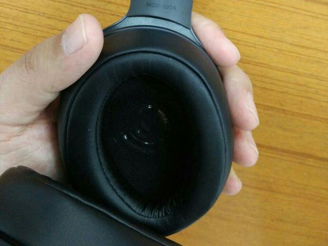 MDR-100A_04.jpg