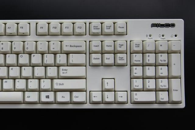 Majestouch_Convertible2_White_03.jpg