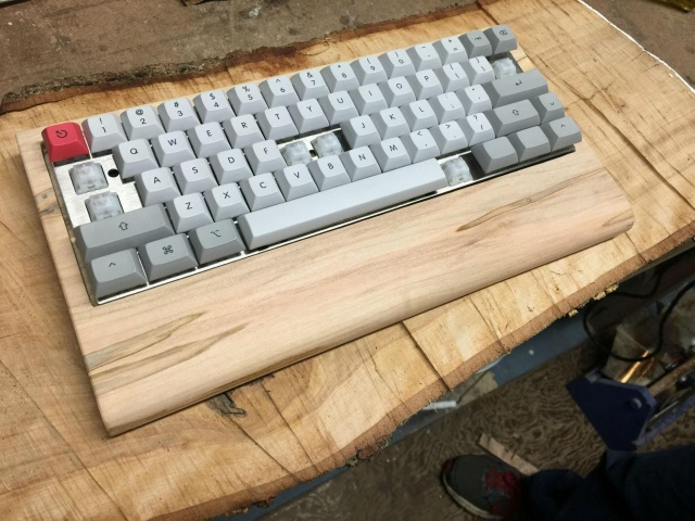 Mechanical_Keyboard61_04.jpg