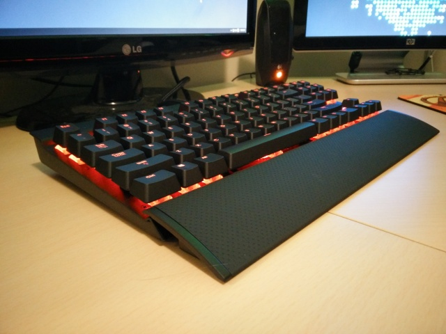 Mechanical_Keyboard61_100.jpg