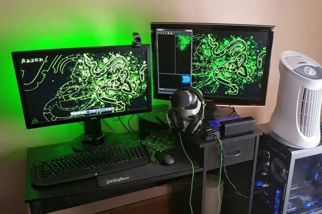PC-Desk_Razer10_27.jpg