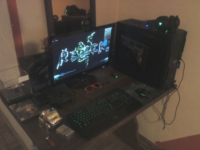 PC-Desk_Razer10_46.jpg