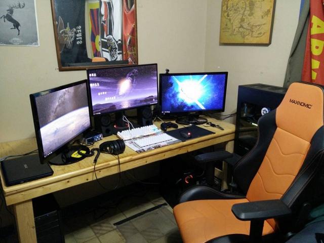 PC_Desk_MultiDisplay60_10.jpg