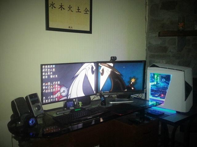 PC_Desk_MultiDisplay60_16.jpg