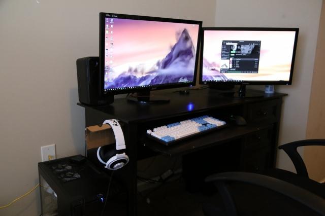 PC_Desk_MultiDisplay60_34.jpg