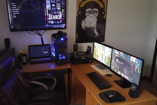PC_Desk_MultiDisplay60_75.jpg