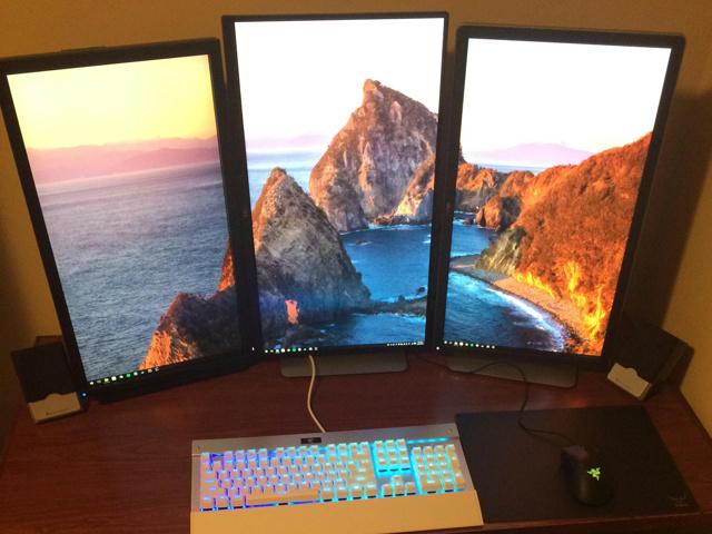 PC_Desk_MultiDisplay60_98.jpg