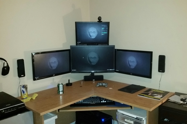 PC_Desk_MultiDisplay61_26.jpg