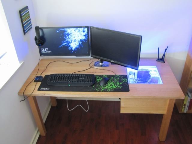 PC_Desk_MultiDisplay62_17.jpg