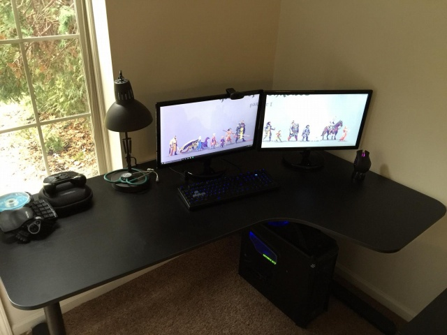 PC_Desk_MultiDisplay63_03.jpg