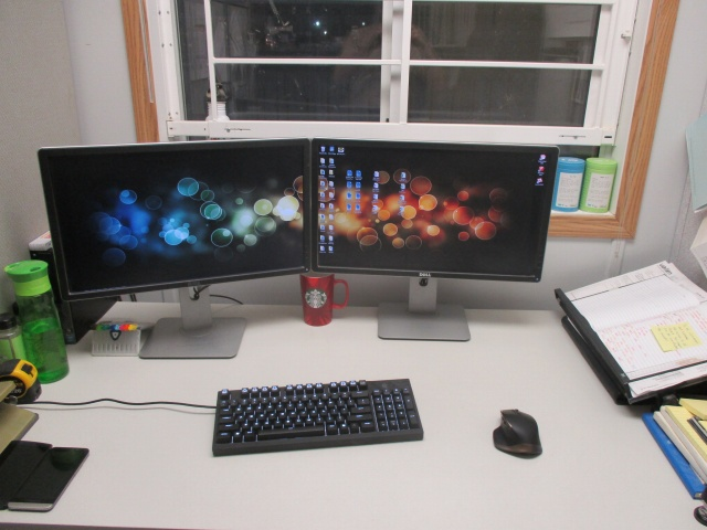 PC_Desk_MultiDisplay63_41.jpg