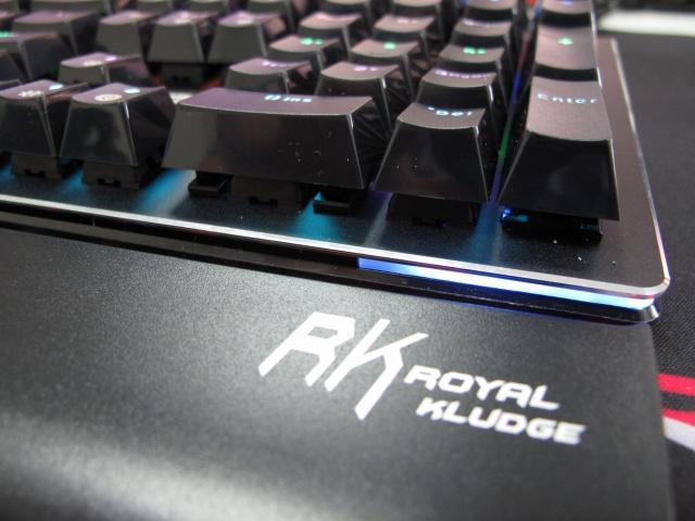 RK_Side108_03.jpg