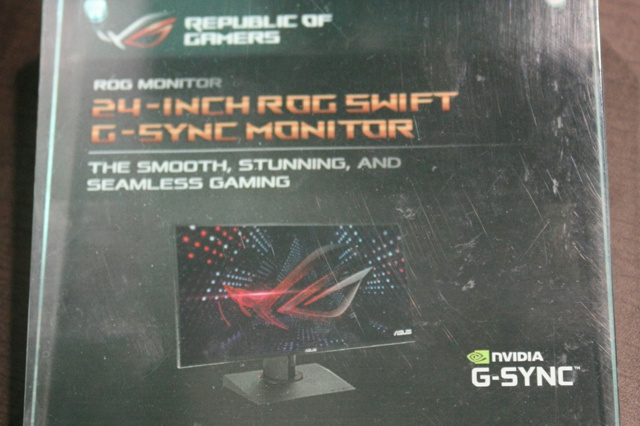 ROG_SWIFT_24inchi_02.jpg