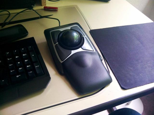 Trackball01_05.jpg