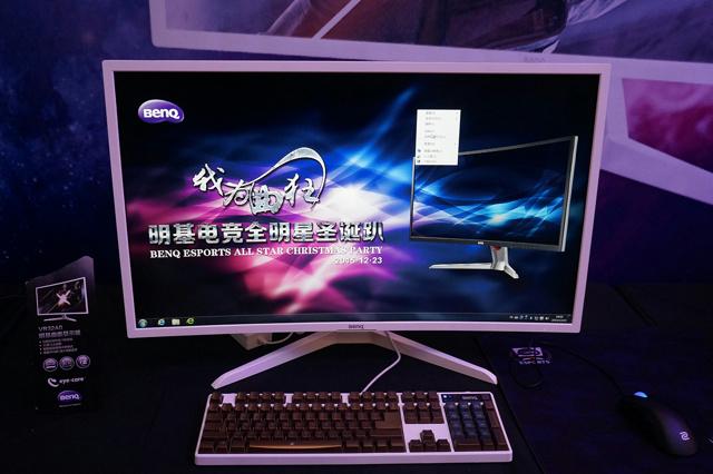 VR32A0_02.jpg