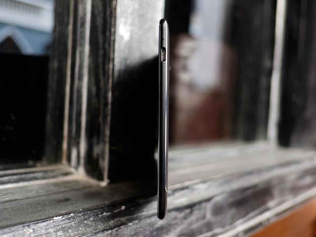 ZenPad_S_8_03.jpg