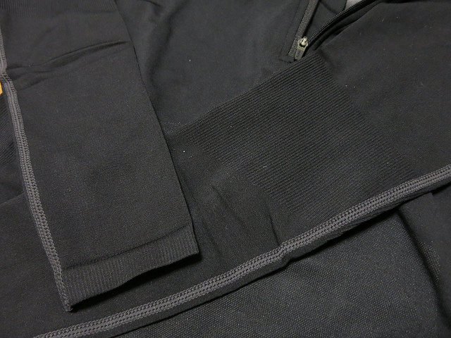 dhb_Thermolite_Seamless_Base_Layer_09.jpg